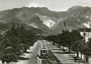 Carraratram.jpg